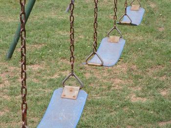 Rusty_swings
